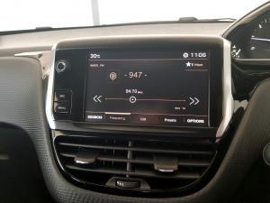 Peugeot 2008 1.6 HDi Allure - Image 21