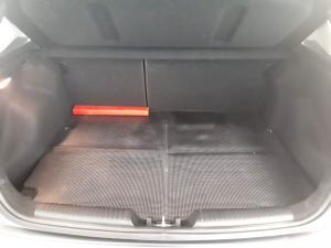 Kia Cerato 2.0 EX 5-Door - Image 10