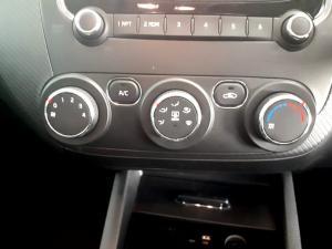 Kia Cerato 2.0 EX 5-Door - Image 22
