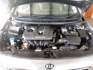 Kia Cerato 2.0 EX 5-Door - Image 9