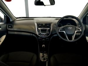 Hyundai Accent 1.6 GLS/FLUID automatic - Image 12