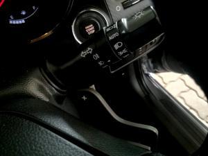 Kia Cerato Koup 1.6T GDiautomatic - Image 30