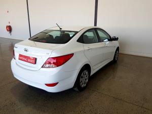 Hyundai Accent 1.6 GL/MOTION - Image 4