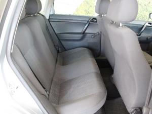 Volkswagen Polo Vivo hatch 1.4 Trendline - Image 12