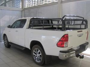 Toyota Hilux 2.8 GD-6 RB Raider 4X4 automaticE/CAB - Image 5