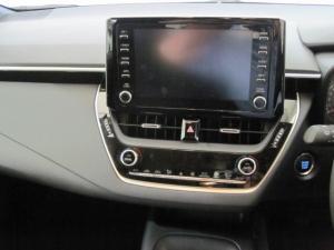 Toyota Auris 1.2T XS - Image 12