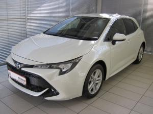 Toyota Auris 1.2T XS - Image 1