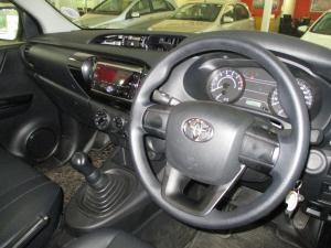 Toyota Hilux 2.0 VvtiP/U Single Cab - Image 9