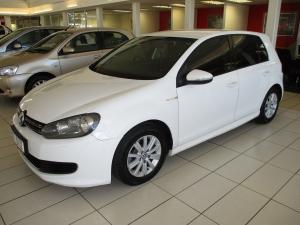 Volkswagen Golf VI 1.6 TDI Bluemotion - Image 1