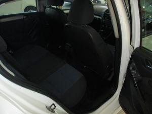 Volkswagen Golf VI 1.6 TDI Bluemotion - Image 9