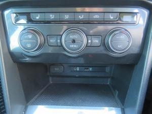 Volkswagen Tiguan 2.0 TDi Comfortline - Image 20