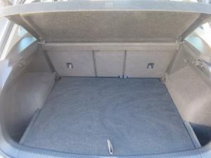 Volkswagen Tiguan 2.0 TDi Comfortline - Image 22