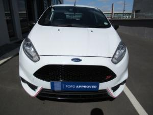 Ford Fiesta ST 1.6 Ecoboost Gdti - Image 2