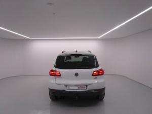 Volkswagen Tiguan 1.4 TSi B/MOT TREN-FUN - Image 10