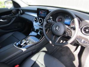 Mercedes-Benz C180 automatic - Image 2