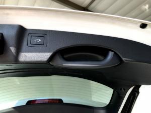 Hyundai Santa FE R2.2 AWD Elite 7S automatic - Image 16