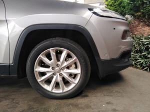 Jeep Cherokee 3.2L 4x4 Limited - Image 10