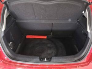 Kia Rio hatch 1.4 - Image 8