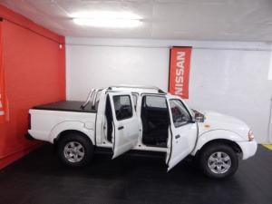 Nissan NP300 Hardbody 2.5TDi double cab Hi-rider - Image 11