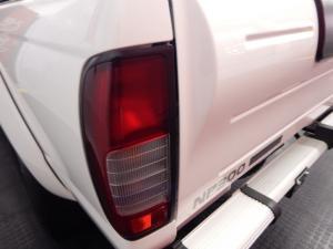 Nissan NP300 Hardbody 2.5TDi double cab Hi-rider - Image 13