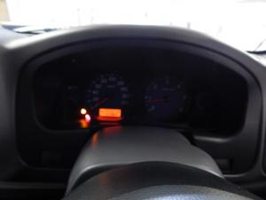 Nissan NP300 Hardbody 2.5TDi double cab Hi-rider - Image 8