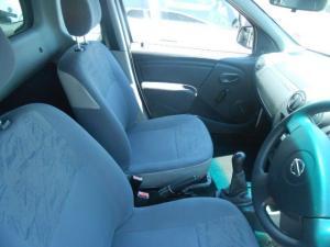 Nissan NP200 1.6 Safety PackS/C - Image 4