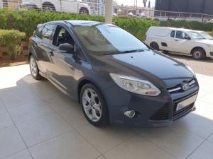 Ford Focus hatch 2.0TDCi Trend - Image 9