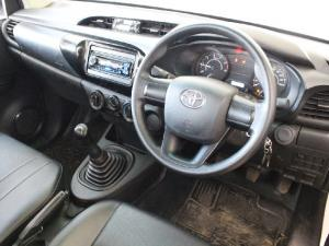 Toyota Hilux 2.0 (aircon) - Image 9