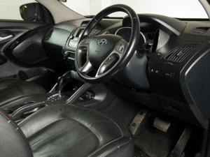Hyundai iX35 2.0 Elite automatic - Image 11