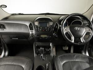 Hyundai iX35 2.0 Elite automatic - Image 12
