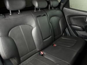 Hyundai iX35 2.0 Elite automatic - Image 15