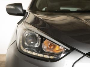 Hyundai iX35 2.0 Elite automatic - Image 3
