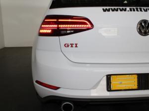 Volkswagen Golf VII GTi 2.0 TSI DSG - Image 19