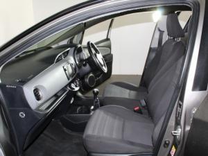 Toyota Yaris 1.3 XS 5-Door - Image 15