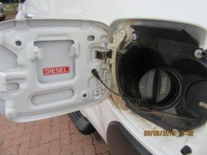 Toyota Hilux 2.8 GD-6 Raider 4X4E/CAB - Image 13