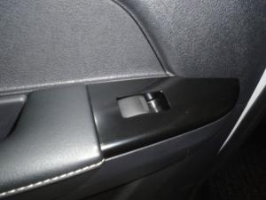 Isuzu D-MAX 300 LX automatic D/C - Image 24