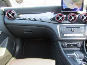 Mercedes-Benz CLA45 AMG - Image 10