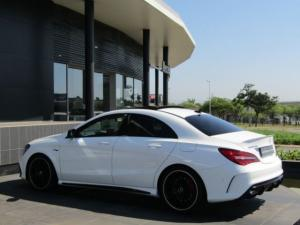 Mercedes-Benz CLA45 AMG - Image 6