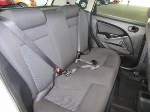 Ford Figo hatch 1.5TDCi Ambiente - Image 7