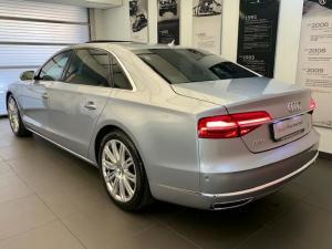 Audi A8 4.2 TDiQuattro LWB - Image 4