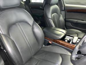 Audi A8 4.2 TDiQuattro LWB - Image 9