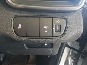 Kia Sorento 2.2D EX AWD automatic - Image 17