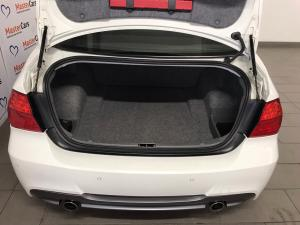 BMW 335i automatic - Image 10