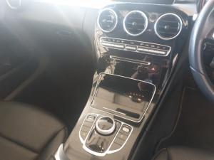 Mercedes-Benz C180 automatic - Image 14