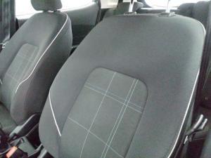 Ford Fiesta 1.0 Ecoboost Trend 5-Door automatic - Image 9