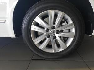 Volkswagen Caravelle 2.0BiTDI Highline 4Motion auto - Image 4