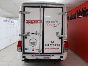 Toyota Hilux 2.4GD - Image 6