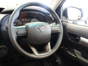 Toyota Hilux 2.4GD - Image 9