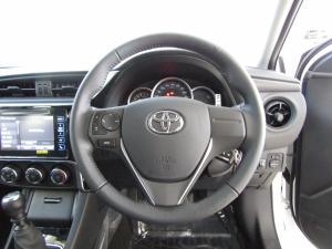 Toyota Corolla 1.3 Prestige - Image 18