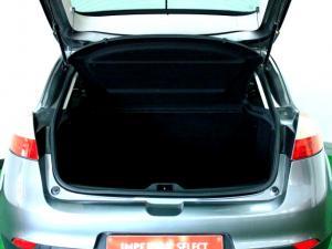 Renault Megane III 1.6 Shake IT! 5-Door - Image 10